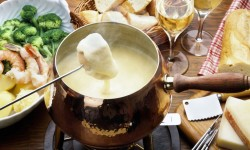 Сыры для фондю – потрясающий вкус незабываемого праздника!