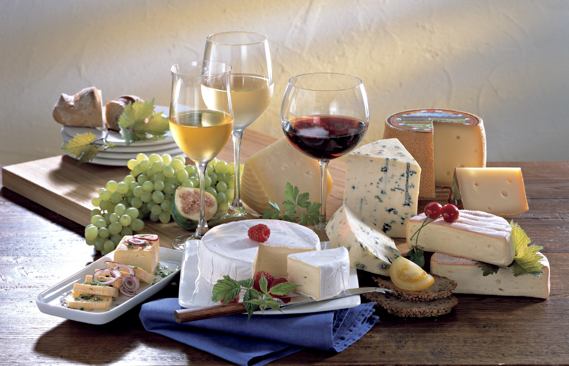 Cheese-vine-1