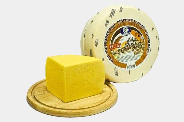 Монастырский сыр