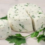 ТОП-10 рецептов приготовления сыра из кефира